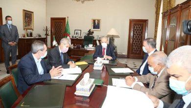 Photo of رئيس مجلس الأمة يعقد جلسة تشاورية مع رؤساء المجموعات البرلمانية