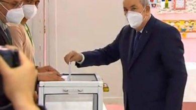 Photo of الرئيس تبون يؤدي واجبه الإنتخابي بالجزائر العاصمة