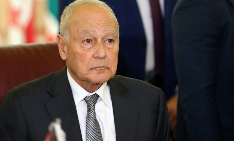 """Photo of الأمين العام لجامعةالدول العربية يشيد ب""""الدور المحوري"""" للجزائر في الملفاتالإقليمية و الدولية"""